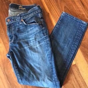 Cropped slim straight 7 for all mankind jeans 29